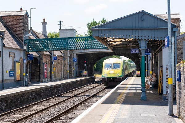Newbridge Train Station